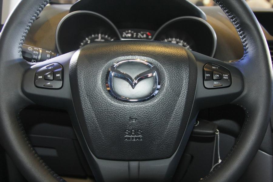THACO-gioi-thieu-Mazda-BT-50-tien-nghi-hon-va-ban-cao-cap-22-ATH-4x2-gia-729-trieu-dong-anh-10