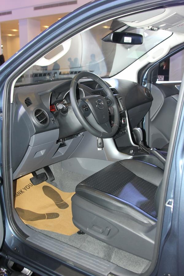 THACO-gioi-thieu-Mazda-BT-50-tien-nghi-hon-va-ban-cao-cap-22-ATH-4x2-gia-729-trieu-dong-anh-12