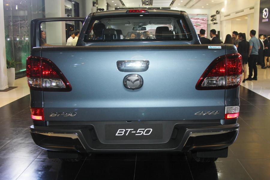 THACO-gioi-thieu-Mazda-BT-50-tien-nghi-hon-va-ban-cao-cap-22-ATH-4x2-gia-729-trieu-dong-anh-14