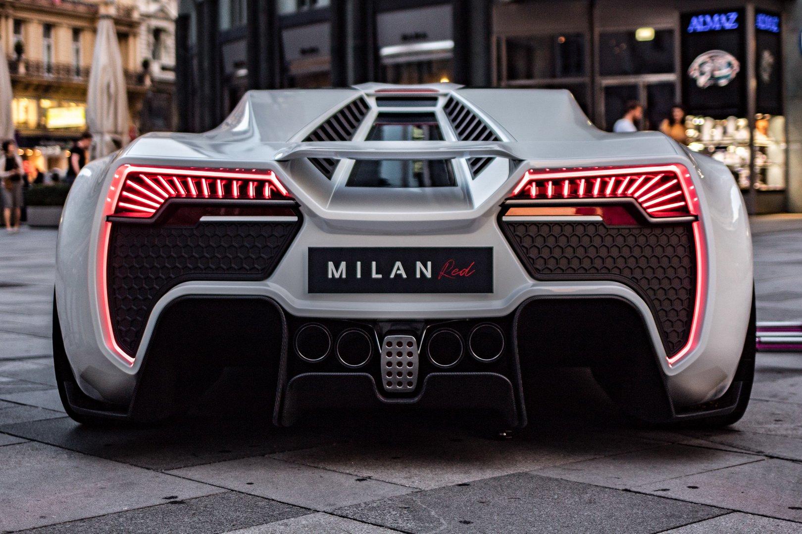Sieu-xe-Milan-Red-hoan-tona-moi-gay-choang-voi-suc-can-luot-1306-ma-luc-anh-7