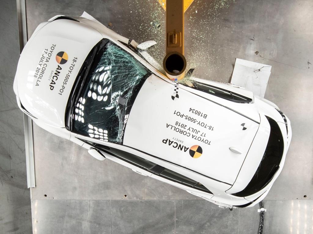 Toyota-Corolla-Hatchback-2019-dat-chuan-an-toan-ANCAP-5-sao-anh-1
