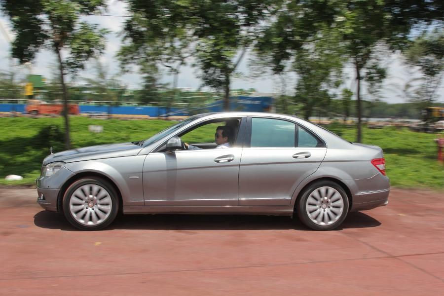 Mercedes-Benz-C200-Kompressor-Dep-va-sang-nhu-thuo-ban-dau-anh-6