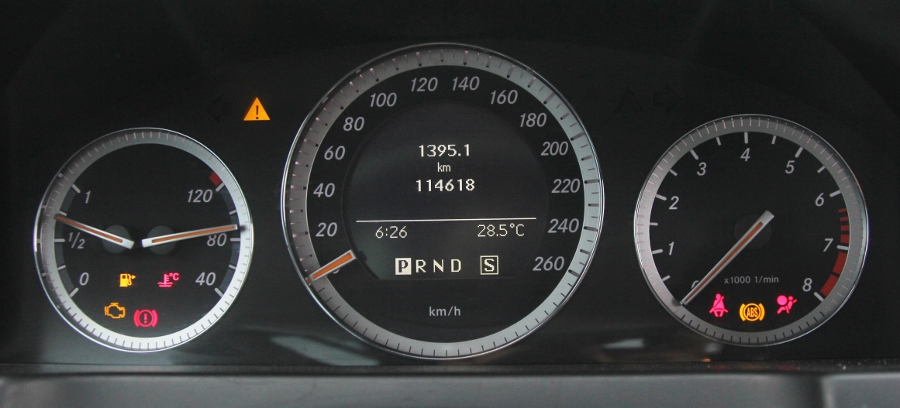 Mercedes-Benz-C200-Kompressor-Dep-va-sang-nhu-thuo-ban-dau-anh-7