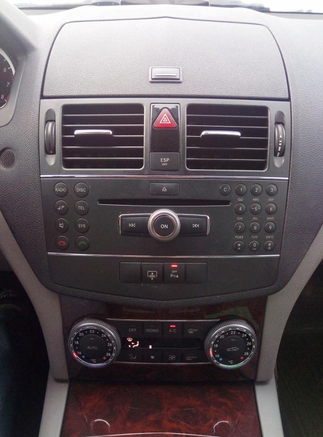 Mercedes-Benz-C200-Kompressor-Dep-va-sang-nhu-thuo-ban-dau-anh-8
