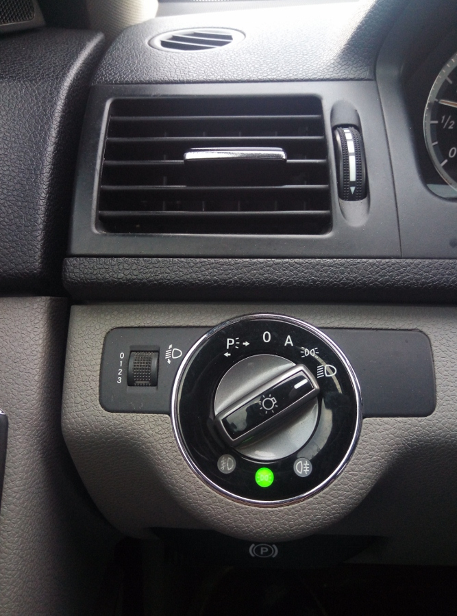 Mercedes-Benz-C200-Kompressor-Dep-va-sang-nhu-thuo-ban-dau-anh-10