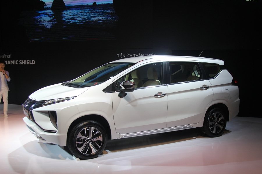 Mitsubishi-XPANDER-2018-gia-chinh-thuc-re-hon-30-trieu-dong-anh-1