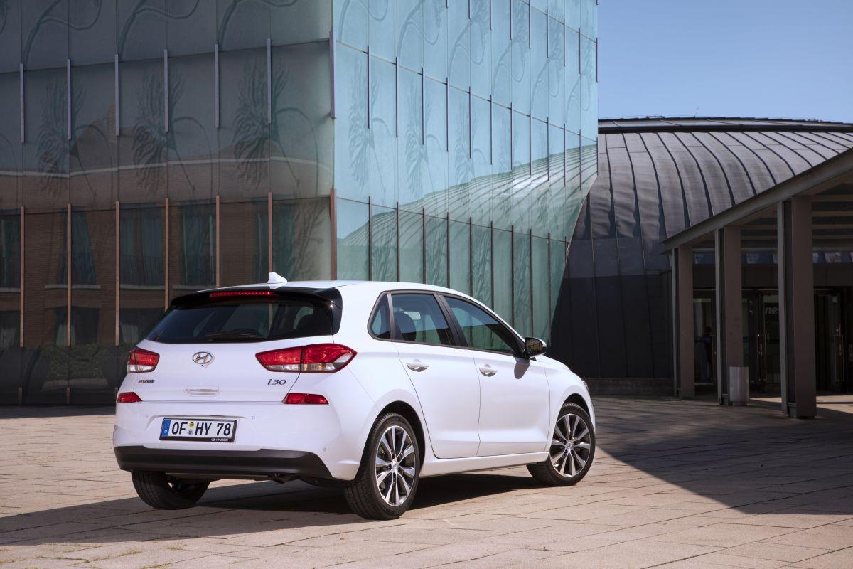 Hyundai-i30-facelift-2018-them-dong-co-diesel-tiet-kiem-hon-anh-4