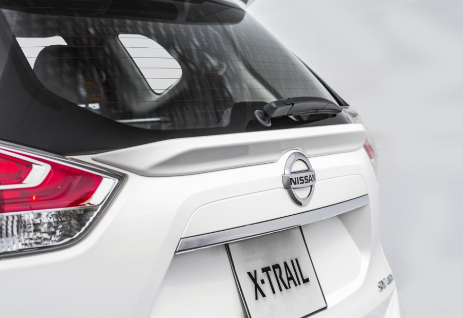 Nissan-X-Trai-V-series-phien-ban-Viet-gia-tu-991-trieu-dong-anh-4