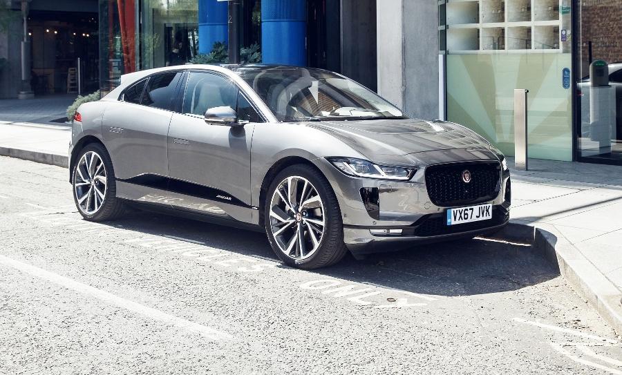 Xe-dien-SUV-Jaguar-I-PACE-lap-ky-luc-chay-369km-sau-1-lan-sac-anh-1