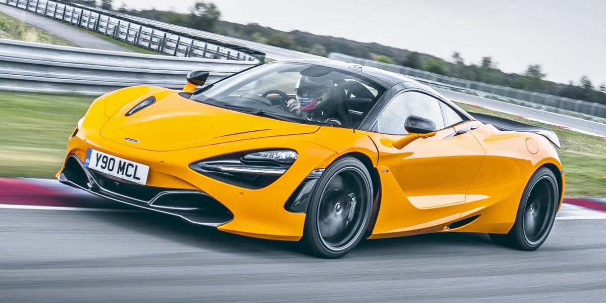 Goi-do-Track-Pack-bien-McLaren-720S-thanh-xe-dua-do-thi-anh-1
