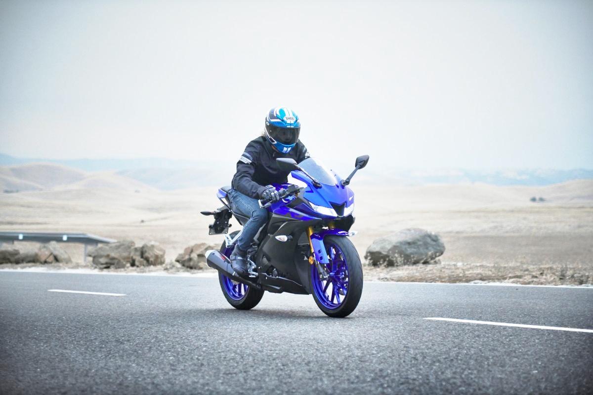 Yamaha-YZF-R125-2019-ra-mat-lot-xac-voi-dong-co-125cc-moi-nhat-anh-1