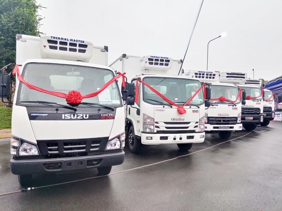 Isuzu-Viet-Nam-va-Quyen-Auto-ra-mat-xe-tai-dong-lanh-anh-1