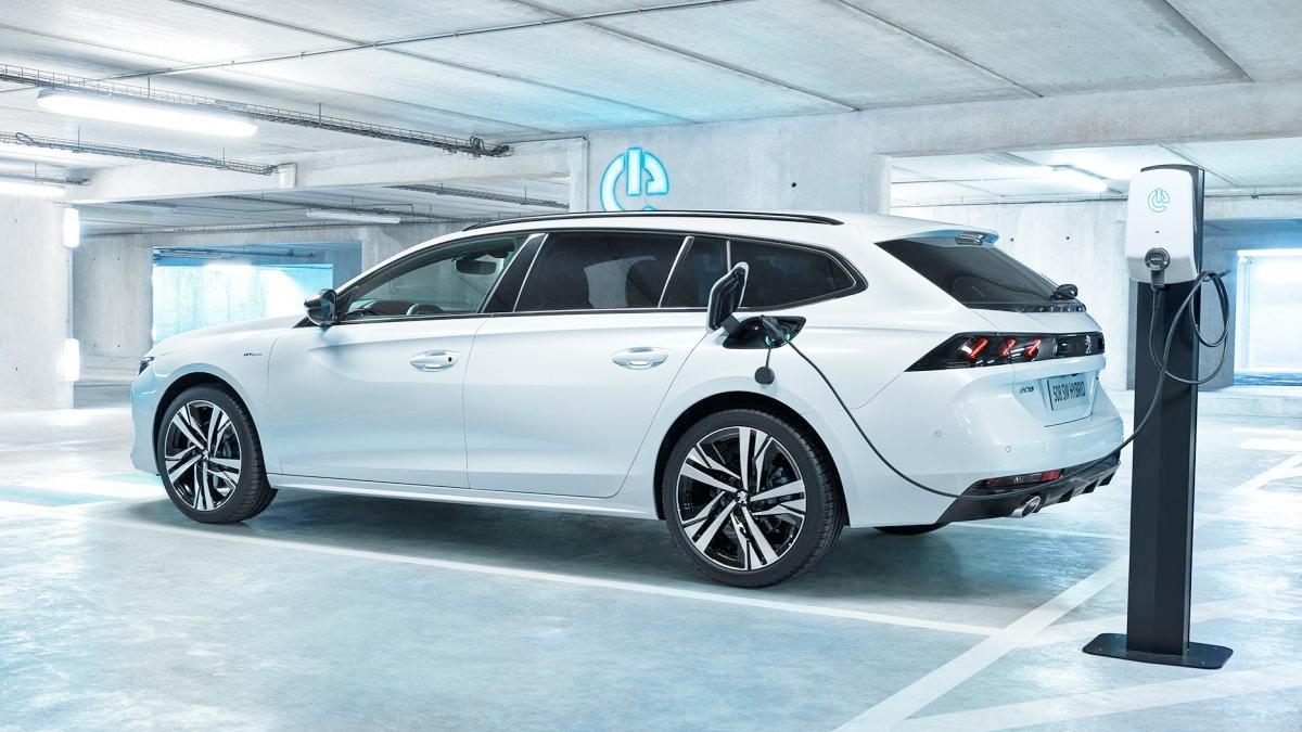 Xe-dien-xang-Peugeot-508-R-PHEV-manh-hon-350-ma-luc-anh-3