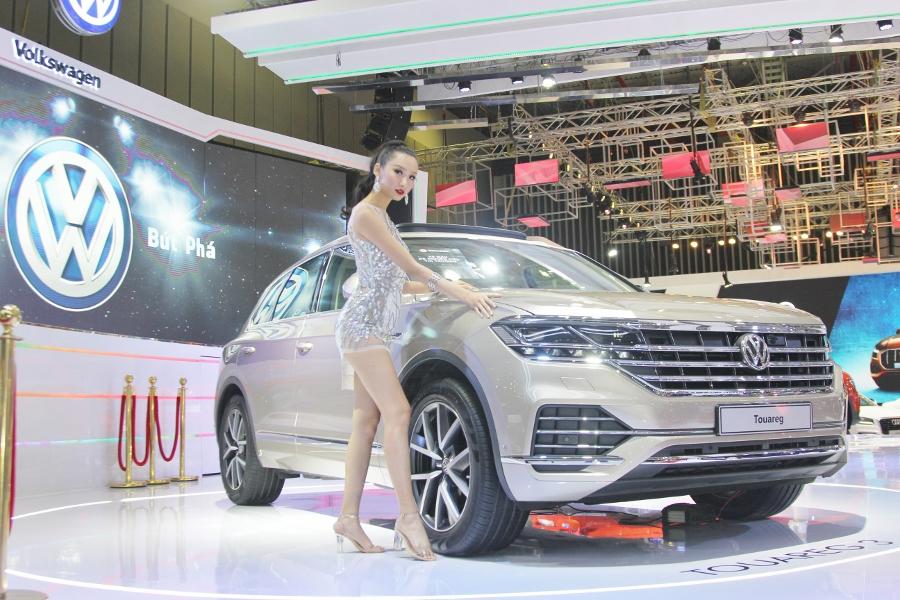 Volkswagen-tai-VMS-2018-Touareg-anh-1