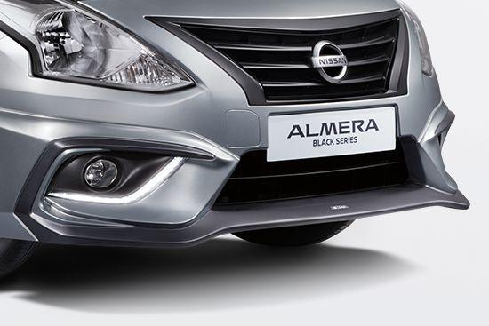 Nissan-Almera-thoi-trang-hon-voi-goi-do-xe-Black-Series-anh-4