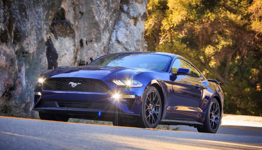Top-xe-hap-dan-nhat-2018-Kona-Blue-Mustang-anh-3