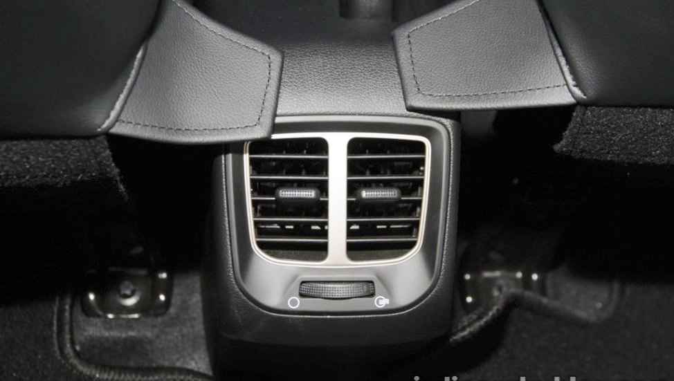 Hyundai-Santro-anh-11