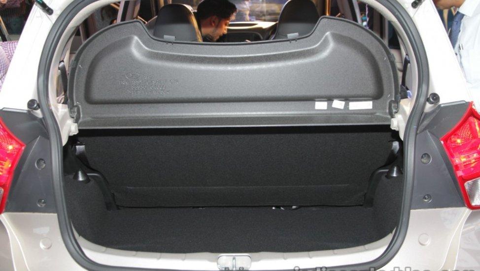 Hyundai-Santro-anh-13