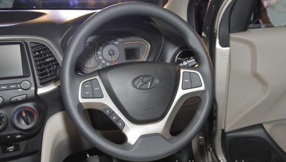 Hyundai-Santro-anh-6