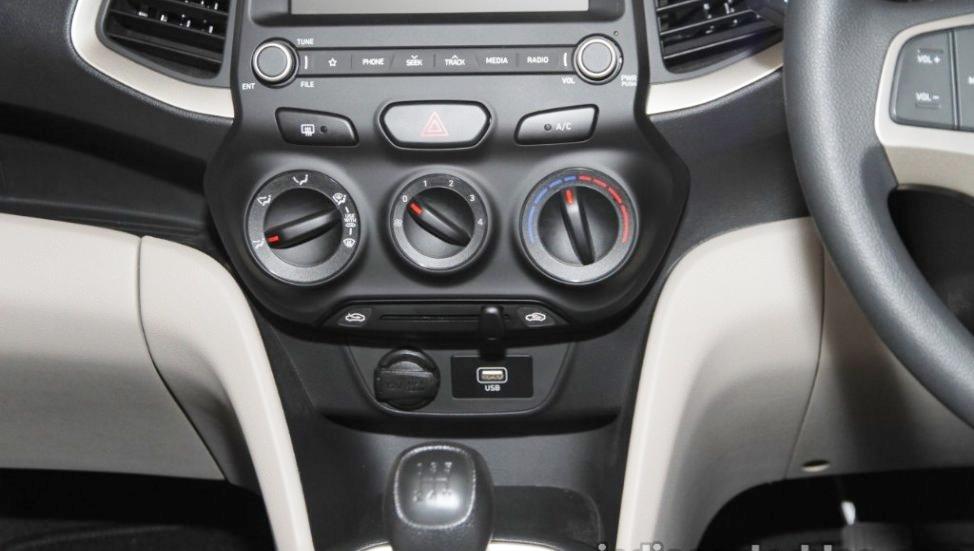 Hyundai-Santro-anh-7