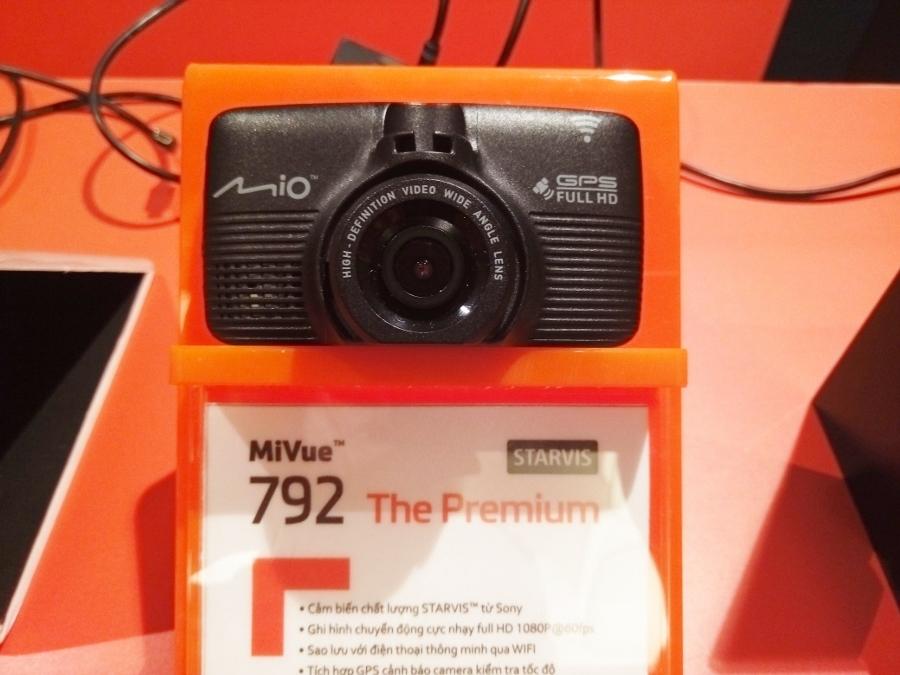 Camera-hanh-trinh-Mio-792-anh-4