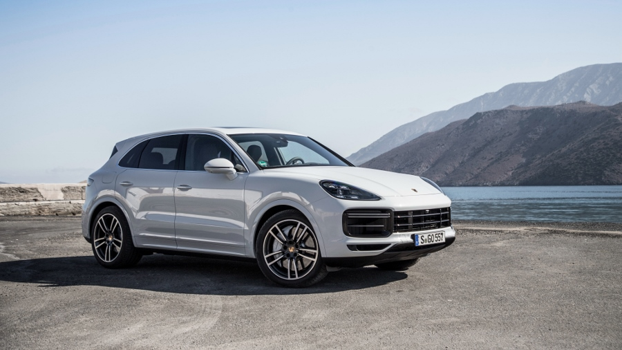 Top-xe-hap-dan-nhat-2018-Porsche-Cayenne-Turbo-anh-2