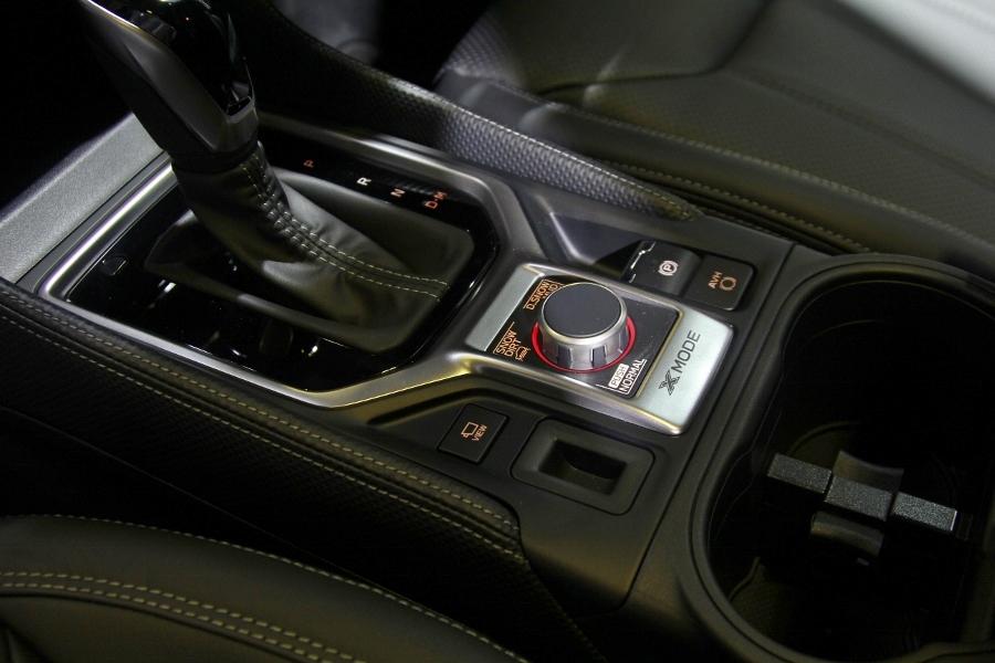 Xe-hybrid-Subaru-Forester-e-Boxer-2019-anh-19