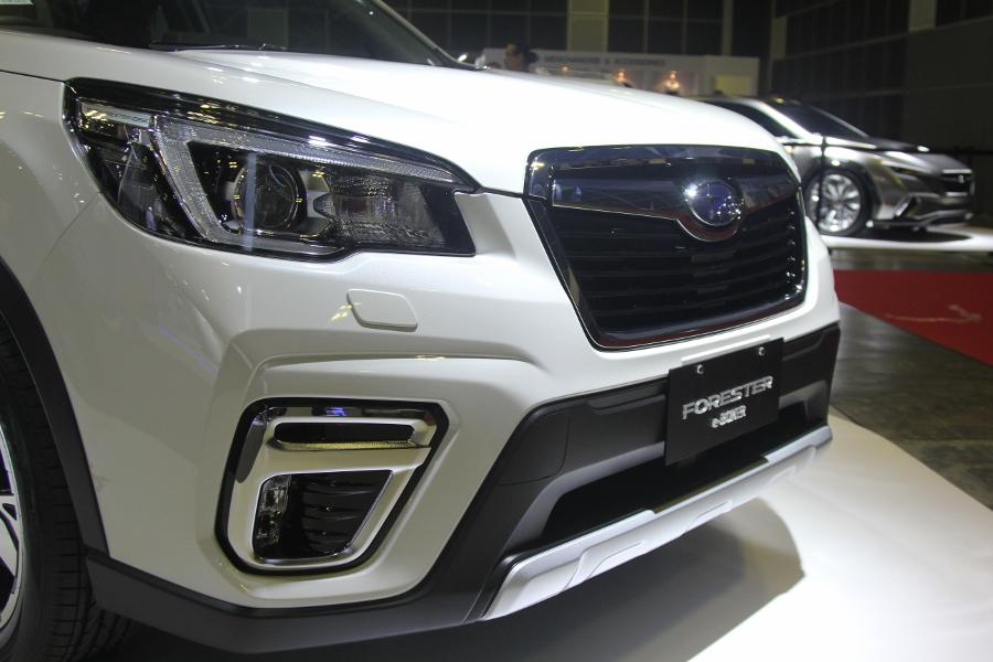 Xe-hybrid-Subaru-Forester-e-Boxer-2019-anh-4