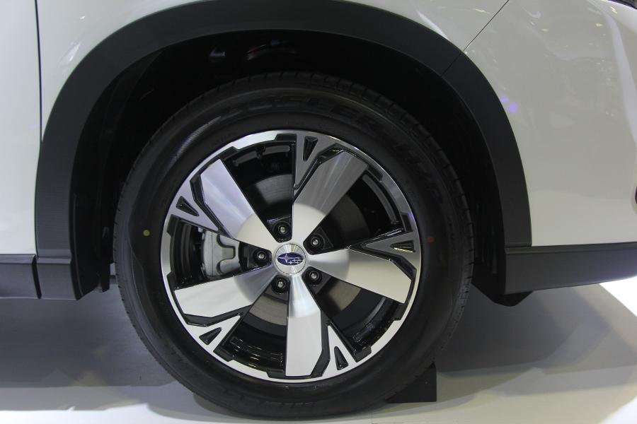 Xe-hybrid-Subaru-Forester-e-Boxer-2019-anh-6