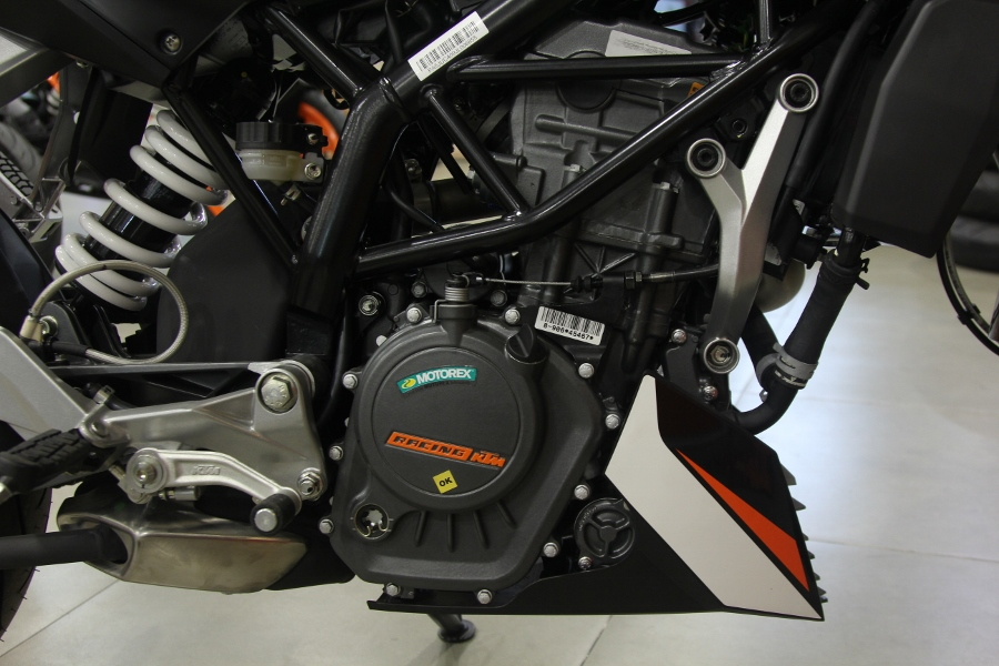 KTM-Duke-200-2019-anh-8