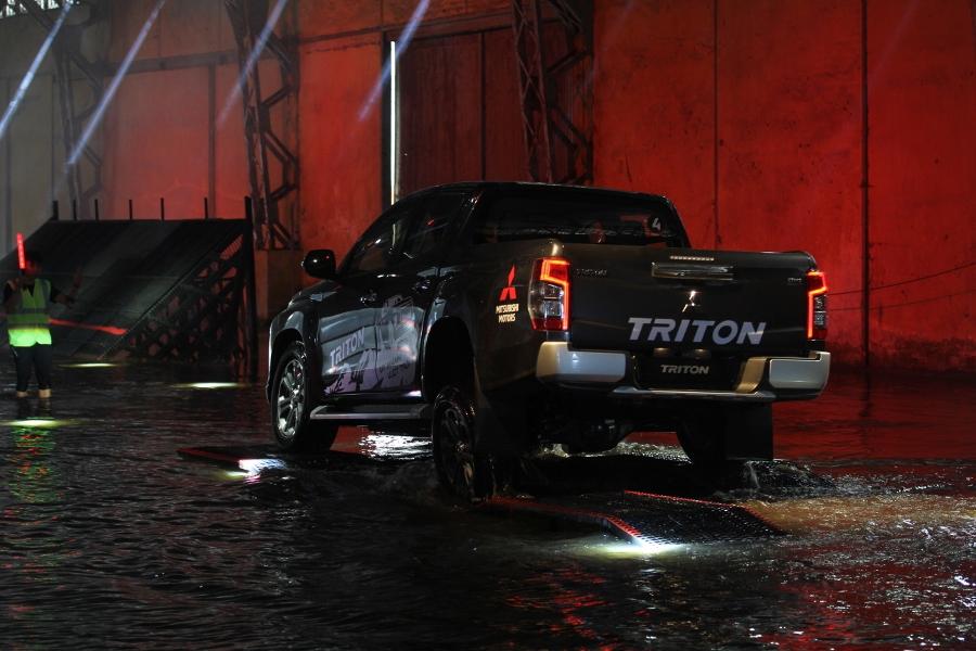 Trai-nghiem-Mitsubishi-Triton-2019-tai-TP-HCM-anh-6