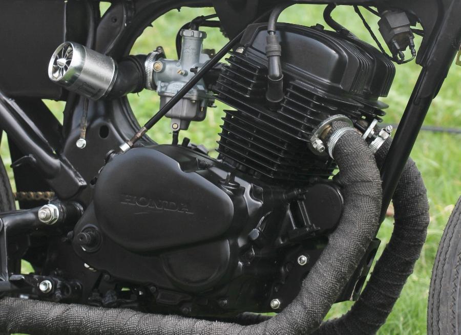 Honda-CD125-do-Cafe-Racer-anh-14