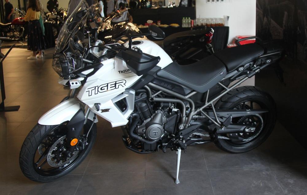 Triumph-VN-ra-mat-Tiger-800-anh-1