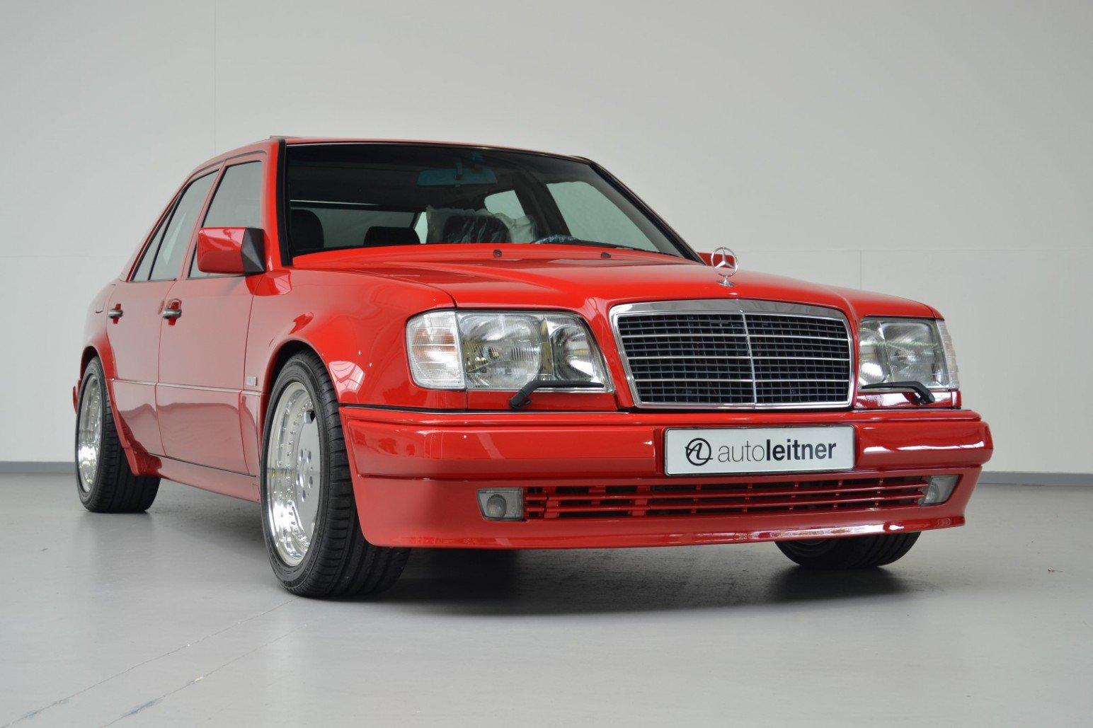Mercedes-Benz-E60-AMG-anh-1
