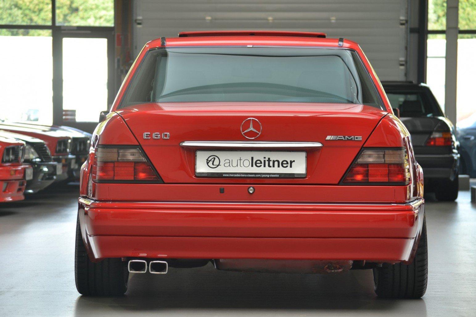 Mercedes-Benz-E60-AMG-anh-4