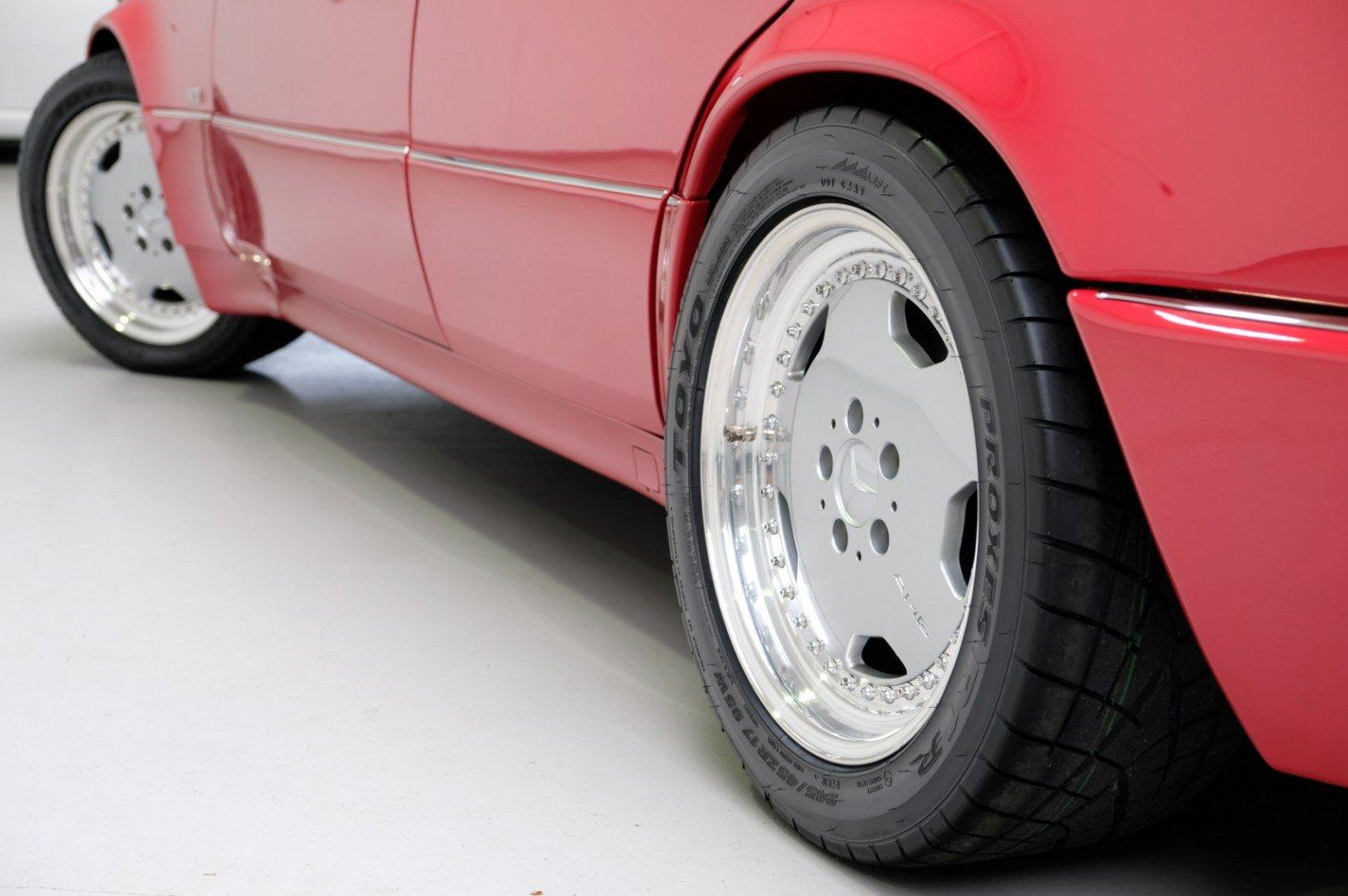Mercedes-Benz-E60-AMG-anh-6