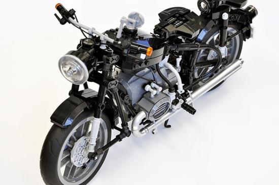 xe-do-tuan-qua-bmw-r60-lego-anh2