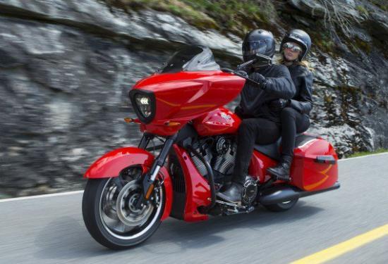 polaris-dong-cua-victory-motorcycles-anh3