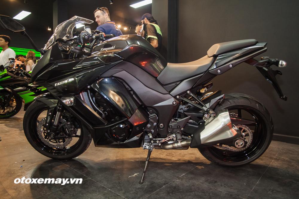 Kawasaki Z1000SX 2016 giá bao nhiêu? hình ảnh & khả năng vận hành 2