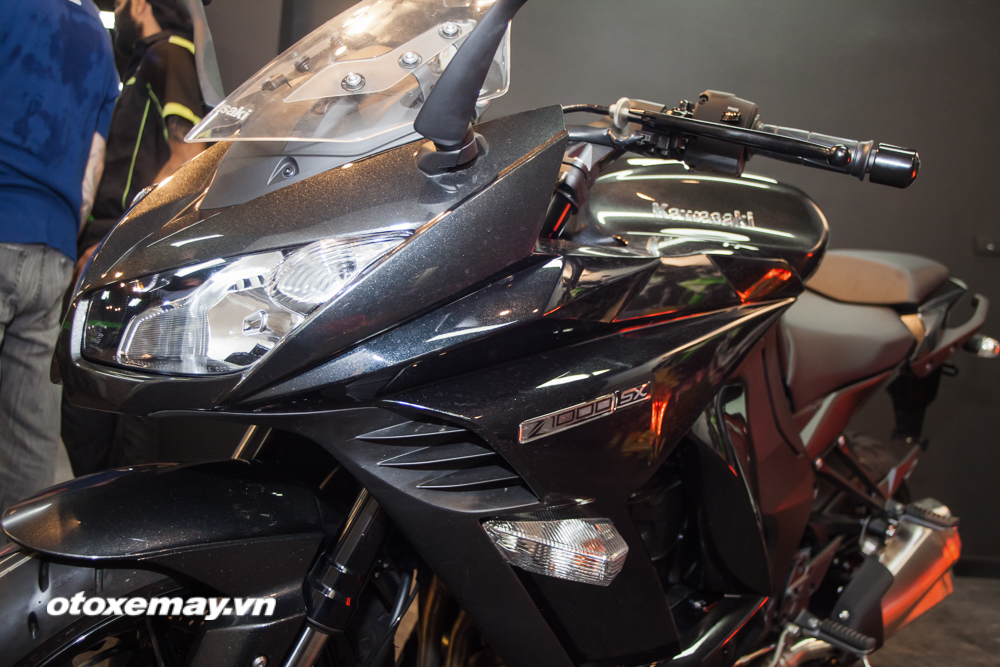 Kawasaki Z1000SX 2016 giá bao nhiêu? hình ảnh & khả năng vận hành 5
