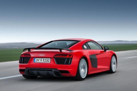 Audi R8 trang bị động cơ mới a1
