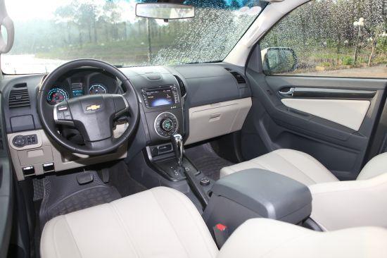 Chevrolet Colorado bán tải chất Mỹ ảnh 13