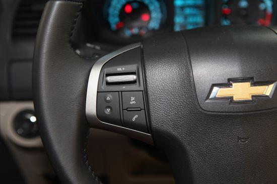 Chevrolet Colorado bán tải chất Mỹ ảnh 15