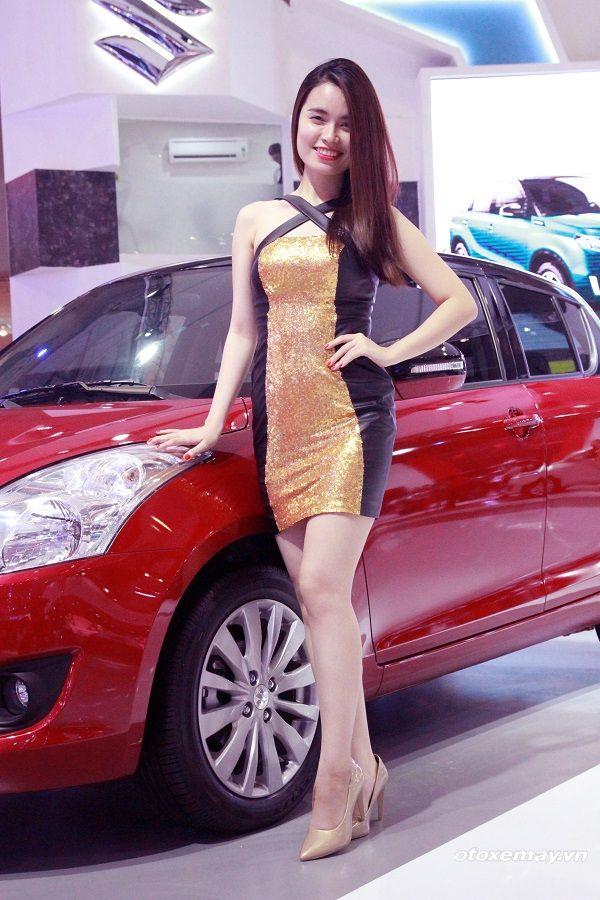 Những thân hình sexy nhất của những PG triển lãm Ô tô Việt Nam 2015 ảnh5