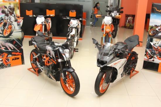 KTM 250 RC và KTM 250 DUke ra mắt
