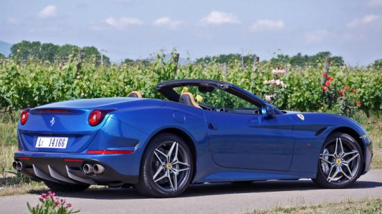 Ferrari California T 2016  a2