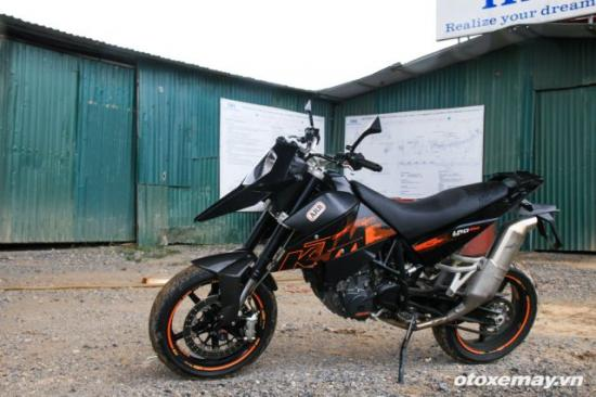Supermoto 690RM S Anh3
