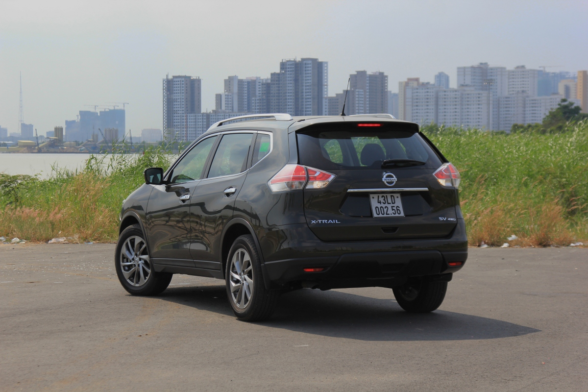 Nissan-X-Trail-2017-bat-ngo-crossover-so-huu-cong-nghe-xung-tam-gia-anh-4