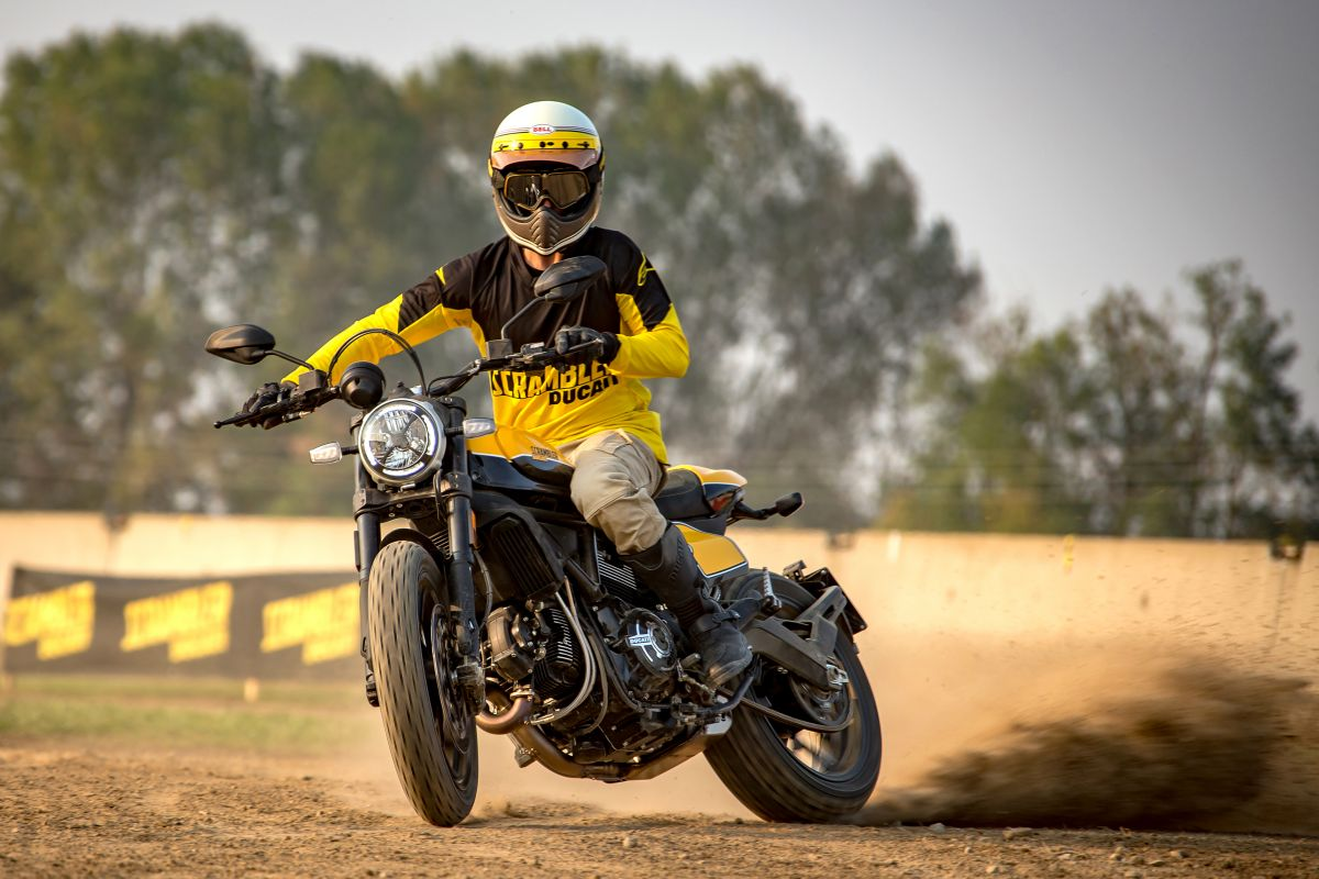 Ducati-Scramblers-2019-them-bien-the-Makeover-anh-3