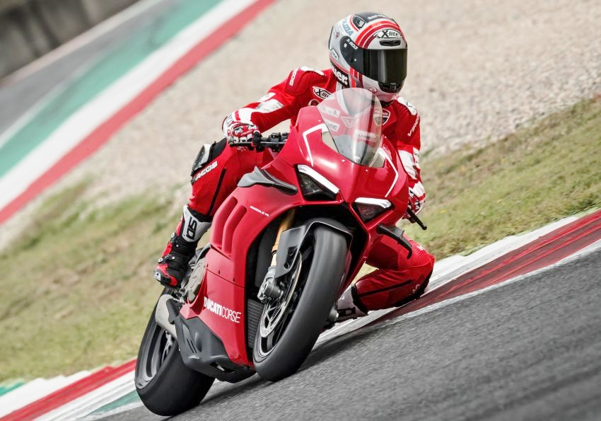 Ducati-Panigale-V4-R-2019-co-do-choi-moi-anh-8